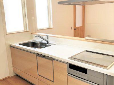 IHクッキングヒーターや食洗器、浄水器、ワイドシンク等高性能の設備が標準仕様でついています★(キッチン)