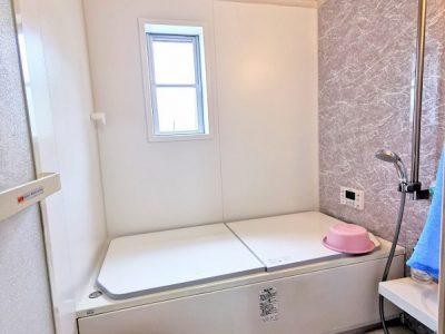 1坪のユニットバスです。浴室暖房乾燥機付き!(風呂)