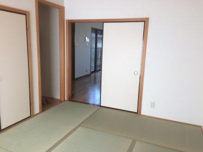 リビング続きの和室(内装)